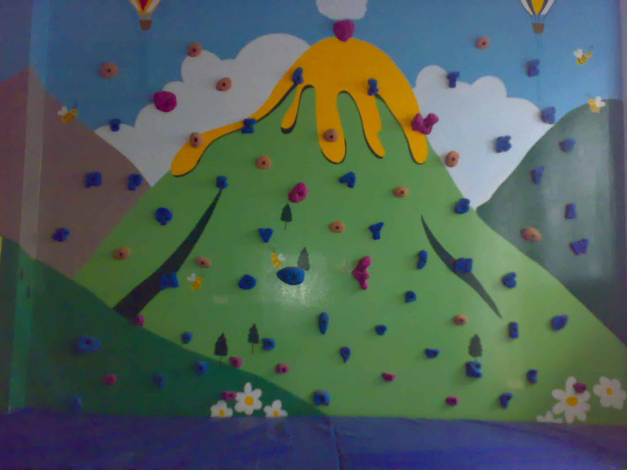 A supplier of rock climbing walls, climbing gear, safety gear for work at height
